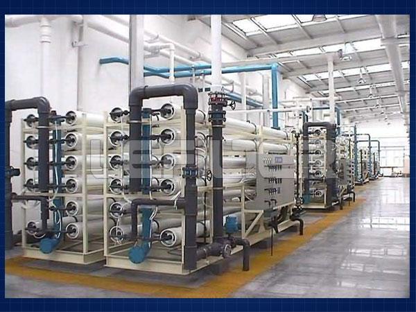 大型反渗透水处理装置